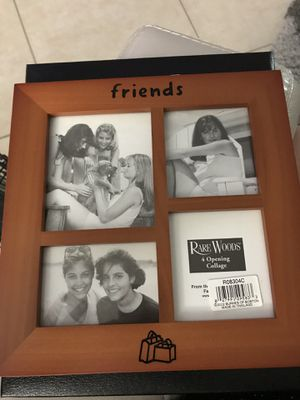 Picture frame collage for Sale in VLG WELLINGTN, FL