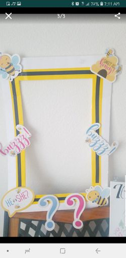 Photo booth, prop, bee theme for Sale in Santa Ana,  CA