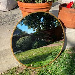 Round Brass Mirror for Sale in Altadena,  CA