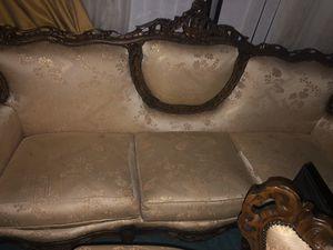 2pc antique sofa set for Sale in Oakland Park, FL