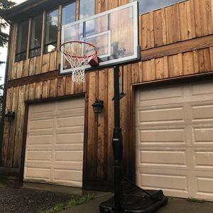 Lifetime Basketball Hoop for Sale in Duvall, WA