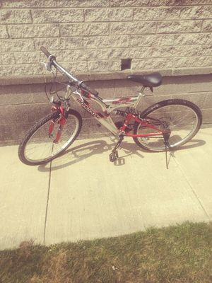 26 inch mens moongoose bike for Sale in Erie, PA