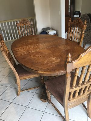 Dining/Kitchen Table + Chairs for Sale in Macomb, MI