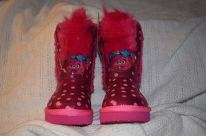 New in box DreamWorks Pink Trolls Poppy Plush Toddler Boots Size 7 for Sale in Lauderhill, FL