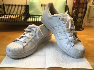 Men's Adidas Superstars Size 6.5 (Women 8.5) for Sale in Falls Church, VA