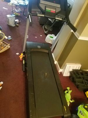 Eletric foldable treadmill for sale for Sale in Philadelphia, PA