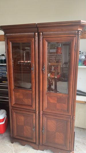 Display cabinets for Sale in Fuquay-Varina, NC
