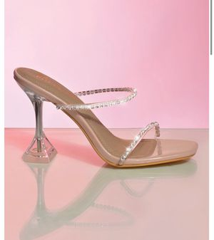 Pyramid Heel mules Brand New size 9 for Sale in New York, NY