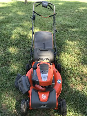 Lawn mower husqvarna self propelled AWD for Sale in Dover, FL