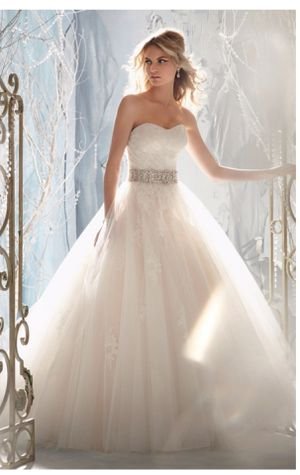 MoriLee wedding dress for Sale in Smyrna, TN