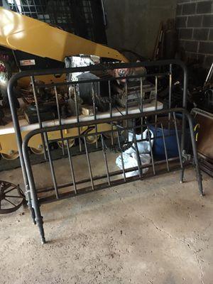 Full size Brass bed frame for Sale in Pennington, NJ