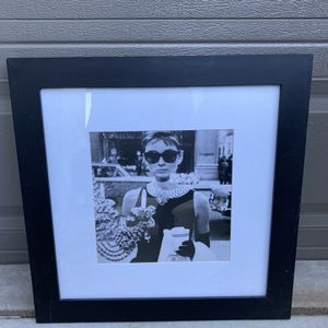 Audrey Hepburn Framed Picture 20x20 for Sale in Perris, CA