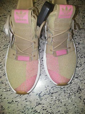 Adidas prophere size 9 for Sale in Atlanta, GA