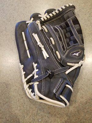 """13"""" Left lefty Mizuno baseball softball glove for Sale in Norwalk, CA"""