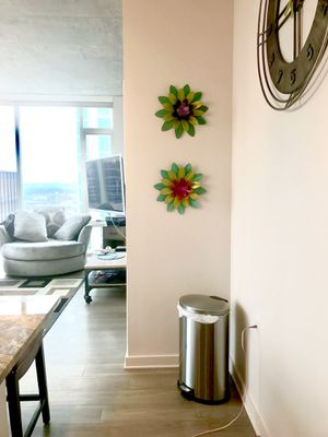 2 hand painted floral wall designs for Sale in Nashville, TN