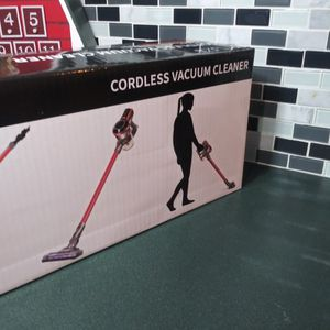 New Muzili Vacuum cleaner Cordless for Sale in Mebane, NC