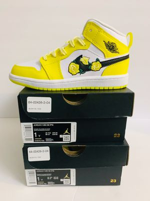 "Youth Nike AIR JORDAN 1 MID SE PS Shoes ""Rose Patch"" - Size 1Y - Brand New for Sale in Kenosha, WI"