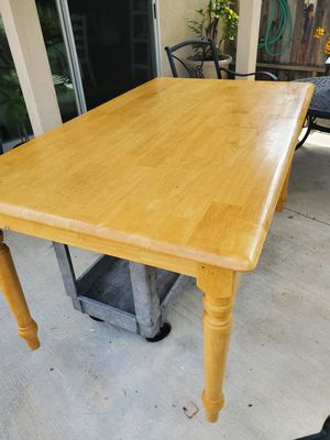 table and 2 chairs for Sale in Newport Beach, CA
