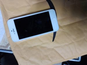 iPhone 5 for Sale in Revere, MA