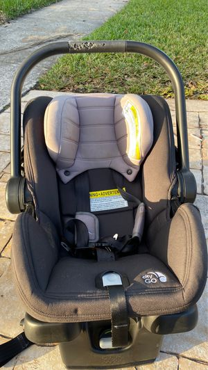 Baby Jogger City Go Infant Car Seat and Base, Black/Gray for Sale in Weston, FL