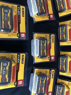 DEWALT FLEXVOLT 20-Volt/60-Volt MAX Lithium-Ion 6.0Ah Battery Pack for Sale in Santa Ana,  CA