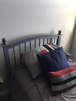 Twin bed frame for Sale in Buckeye, AZ