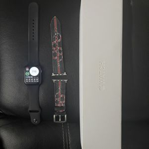Apple Watch Series 4 44mm for Sale in Santa Maria, CA