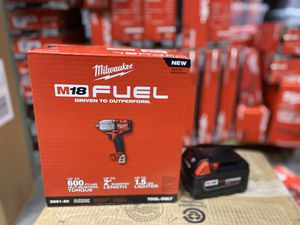 Brand new Milwaukee m18 2861-20 mid torque 1/2 impact wrench with 4.0 for Sale in Gaithersburg, MD