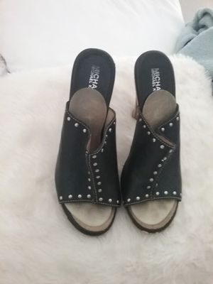 Michael kors leather shoes size 10 for Sale in Chino Hills, CA