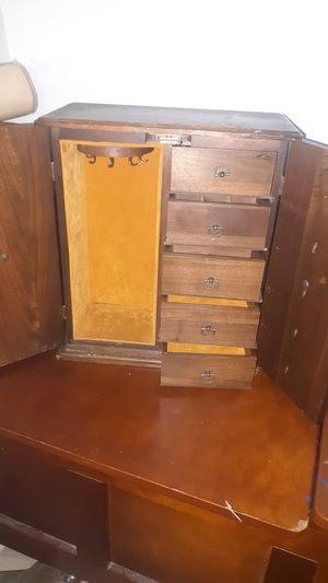 Jewelry box for Sale in Oregon City, OR