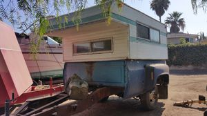 Camper for a truck for camping for Sale in Santa Ana, CA
