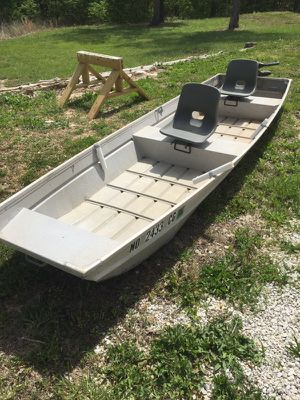 14ft Boat for Sale in Russellville, MO