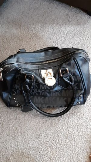 MICHAEL KORS PURSE for Sale in Fort Washington, MD