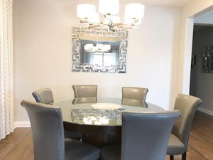 Round Dining Table for Sale in Las Vegas, NV