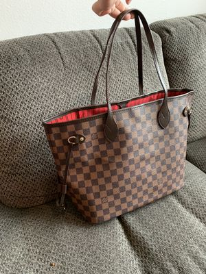 Louis Vuitton damier ebene neverfull MM (cherry) for Sale in San Diego, CA