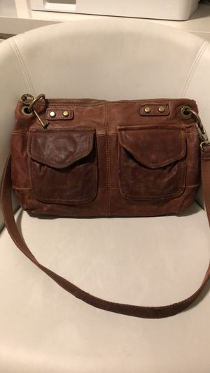 Fossil distressed leather crossbody bag for Sale in Sacramento, CA