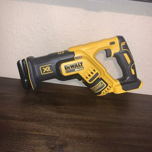 PRECIO FIRME— FIRM PRICE ** DEWALT XR RECIPROCATING SAW ( NO BATTERY NO CHARGER) for Sale in Dallas, TX