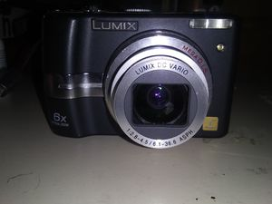 Lumix 6x zoom digital camera for Sale in Eugene, OR