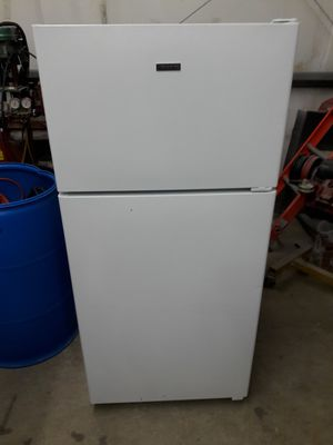 Hotpoint refrigerator for Sale in Springfield, MA