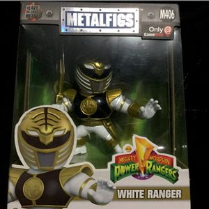 Power rangers the white ranger diecast statue GameStop exclusive for Sale in Downey, CA