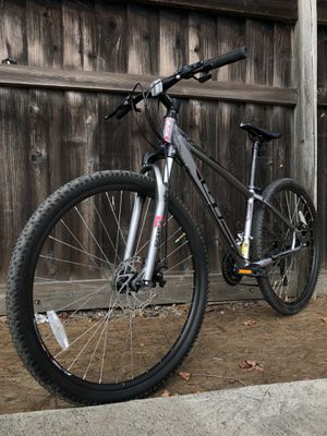 GT Aggressor Comp Hardtail 27.5 Mountain Bike MTB FREE TUNEUP Specialized. Giant. Trek. Santa Cruz. Pivot. Ibis. Diamondback. for Sale in Fremont, CA