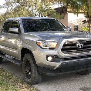 2016 Toyota Tacoma 4x4 for Sale in Hollywood, FL