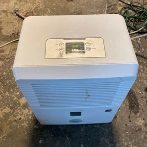 30 Pint Reconditioned Dehumidifier for Sale in Somerset, MA