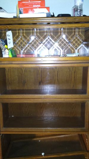 Book Case for Sale in Montclair, CA