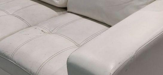 White Loveseat for Sale in South Jordan,  UT