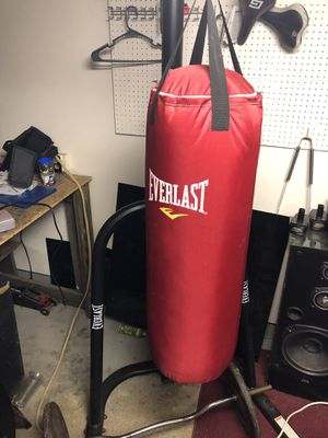 Punching bag with stand and speed bag for sale or trade for Sale in Brook Park, OH