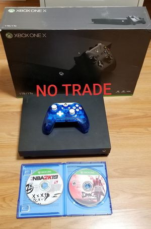 XBOX ONE X BUNDLE, PRICE FIRM, GREAT CONDITION, READ DESCRIPTION FOR OPTIONS for Sale in Garden Grove, CA