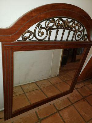 Queen bedroom set with mattress/ Recamara queen con colchon for Sale in Mesa, AZ