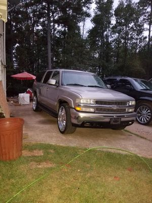 2000 Chevrolet Suburban for Sale in Covington, GA