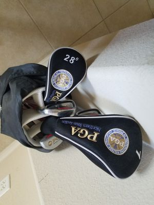 28 inch junior golf clubs for Sale in Dallas, TX